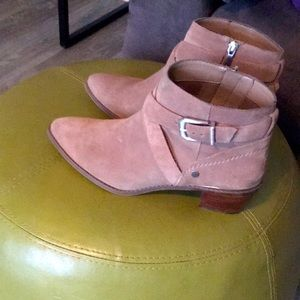 Tan Boots Size 9.5